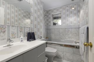 """Photo 14: 101 235 KEITH Road in West Vancouver: Cedardale Townhouse for sale in """"SPURWAY GARDENS"""" : MLS®# R2393572"""
