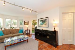 "Photo 4: 101 123 E 6TH Street in North Vancouver: Lower Lonsdale Condo for sale in ""HARBOURGATE"" : MLS®# R2364777"