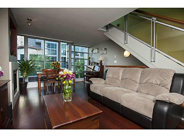 """Photo 10: Photos: 315 1255 SEYMOUR Street in Vancouver: Downtown VW Townhouse for sale in """"The Elan"""" (Vancouver West)  : MLS®# V1077114"""