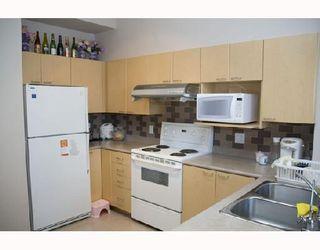 "Photo 3: 35 6588 BARNARD Drive in Richmond: Terra Nova Townhouse for sale in ""CAMBERLEY"" : MLS®# V684301"