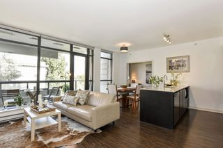 """Photo 10: 404 2851 HEATHER Street in Vancouver: Fairview VW Condo for sale in """"Tapestry"""" (Vancouver West)  : MLS®# R2512313"""
