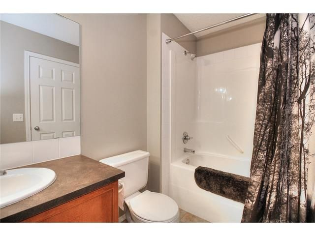 Photo 24: Photos: 527 EVERMEADOW Road SW in Calgary: Evergreen House for sale : MLS®# C4056995