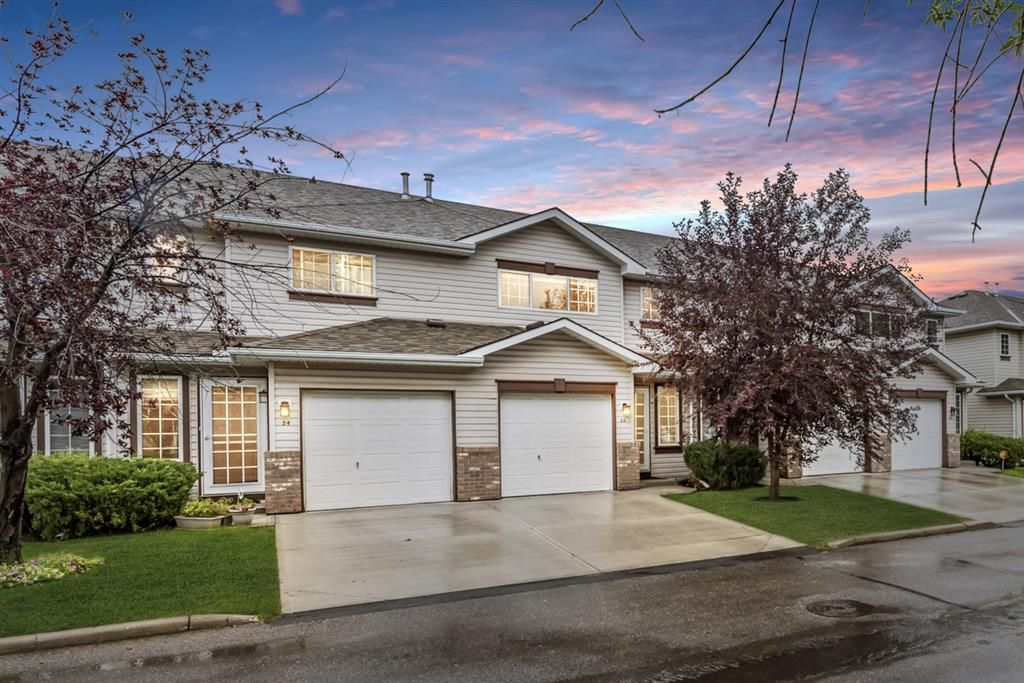 Main Photo: 56 Somervale Park SW in Calgary: Somerset Row/Townhouse for sale : MLS®# A1140021