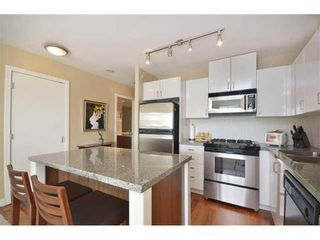 Photo 4: 1010 175 1ST Street W in North Vancouver: Home for sale : MLS®# V991858