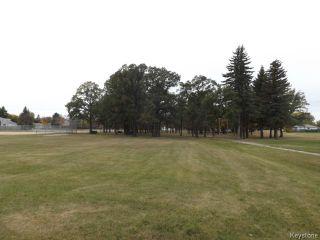 Photo 18: 72 Woodlands Crescent in WINNIPEG: Westwood / Crestview Residential for sale (West Winnipeg)  : MLS®# 1400162
