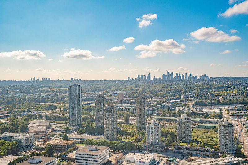 FEATURED LISTING: 4010 - 1788 GILMORE Avenue Burnaby