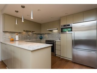 """Photo 6: 407 15111 RUSSELL Avenue: White Rock Condo for sale in """"PACIFIC TERRACE"""" (South Surrey White Rock)  : MLS®# R2181826"""