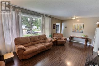 Photo 3: 1309 1st ST E in Prince Albert: House for sale : MLS®# SK869786