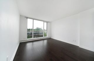 """Photo 4: 502 10777 UNIVERSITY Drive in Surrey: Whalley Condo for sale in """"City Point"""" (North Surrey)  : MLS®# R2583911"""