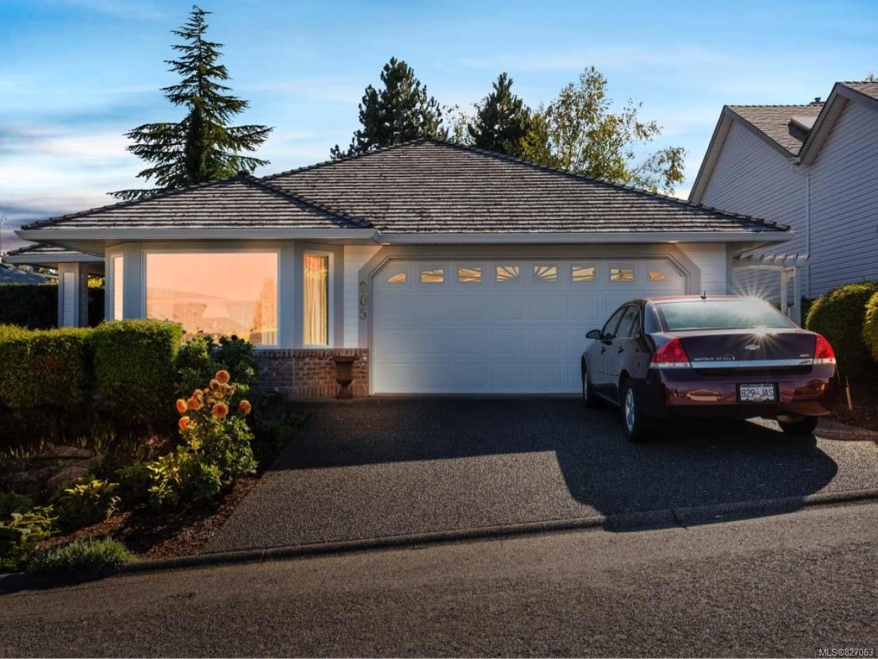 Main Photo: 805 Country Club Dr in COBBLE HILL: ML Cobble Hill House for sale (Malahat & Area)  : MLS®# 827063