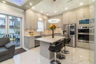 Photo 3: 2748 W 22ND Avenue in Vancouver: Arbutus House for sale (Vancouver West)  : MLS®# R2576933