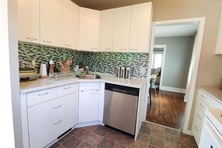 Photo 3: 84 Harbison Avenue West in Winnipeg: Glenelm Residential for sale (3C)  : MLS®# 202014757