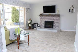 Photo 5: 9 PARSNIP Crescent in Mackenzie: Mackenzie -Town House for sale (Mackenzie (Zone 69))  : MLS®# R2458647