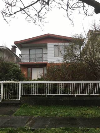 """Main Photo: 3173 E 7TH Avenue in Vancouver: Renfrew VE House for sale in """"RENFREW"""" (Vancouver East)  : MLS®# R2047379"""