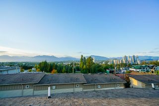 "Photo 33: 15 3788 LAUREL Street in Burnaby: Burnaby Hospital Townhouse for sale in ""Laurel"" (Burnaby South)  : MLS®# R2477652"