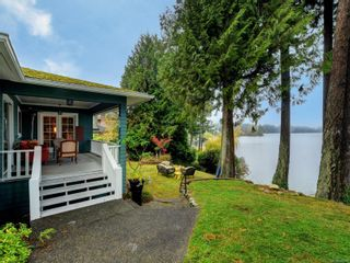 Photo 3: 2968 Leigh Pl in : La Langford Lake House for sale (Langford)  : MLS®# 860019