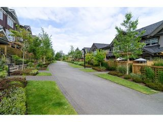 """Photo 18: 33 2979 156TH Street in Surrey: Grandview Surrey Townhouse for sale in """"Enclave"""" (South Surrey White Rock)  : MLS®# R2141367"""
