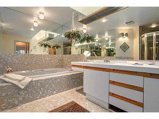 "Photo 7: 304 2471 BELLEVUE Avenue in West Vancouver: Dundarave Condo for sale in ""OCEAN PARK"" : MLS®# V1092449"