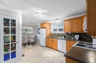Photo 11: 784 N Central Park Boulevard in Oshawa: Centennial House (Backsplit 3) for sale : MLS®# E5257874