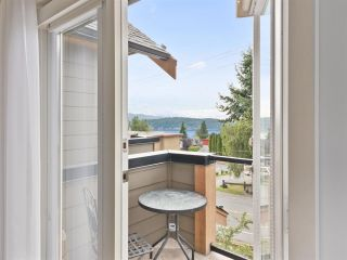 """Photo 8: 4 728 GIBSONS Way in Gibsons: Gibsons & Area Townhouse for sale in """"Islandview Lanes"""" (Sunshine Coast)  : MLS®# R2538180"""