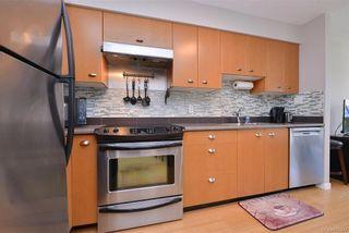 Photo 4: 310 751 Fairfield Rd in Victoria: Vi Downtown Condo for sale : MLS®# 837477