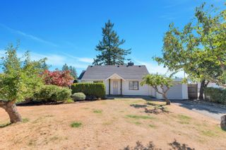 Photo 1: 111 Thulin St in Campbell River: CR Campbell River Central House for sale : MLS®# 884273