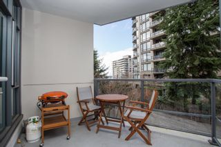 """Photo 4: 202 135 W 2ND Street in North Vancouver: Lower Lonsdale Condo for sale in """"CAPSTONE"""" : MLS®# R2547001"""