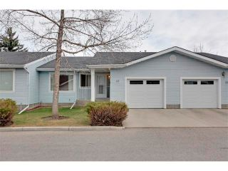 Photo 1: 43 LINCOLN Manor SW in Calgary: Lincoln Park House for sale : MLS®# C4008792