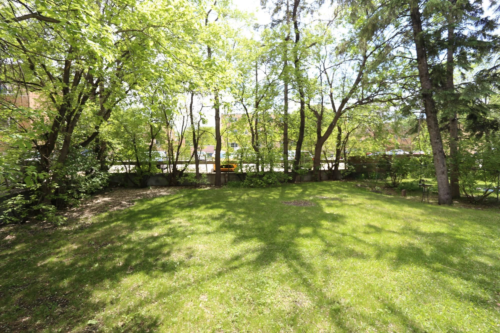 Photo 22: Photos: 290 McLeod Avenue in Winnipeg: North Kildonan Single Family Detached for sale (3F)  : MLS®# 1814938