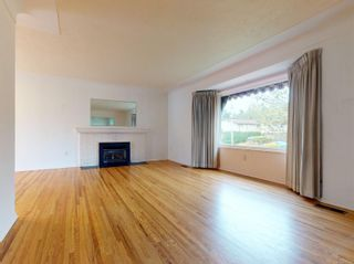 Photo 3: 4105 Tuxedo Dr in : SE Lake Hill House for sale (Saanich East)  : MLS®# 874539