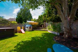 Photo 39: 5461 SUMMER Way in Delta: Pebble Hill House for sale (Tsawwassen)  : MLS®# R2474775