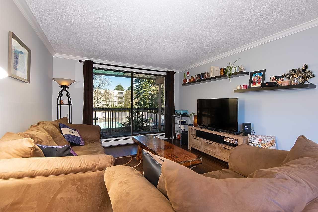 "Main Photo: 125 8511 ACKROYD Road in Richmond: Brighouse Condo for sale in ""LEXINGTON SQUARE"" : MLS®# R2354588"