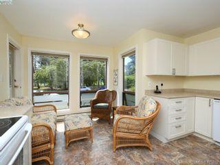 Photo 5: 201 1000 Park Blvd in VICTORIA: Vi Fairfield West Condo for sale (Victoria)  : MLS®# 820574