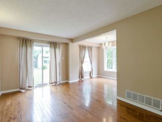 Photo 7: 229 Village Wood Road in Oakville: Bronte West House (2-Storey) for lease : MLS®# W5242624