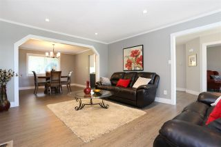 """Photo 14: 18875 57 Avenue in Surrey: Cloverdale BC House for sale in """"Fairway Estates"""" (Cloverdale)  : MLS®# R2445058"""