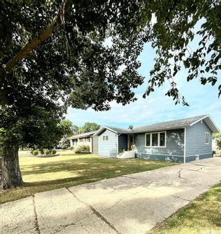 Photo 2: 1503 97th Street in Tisdale: Residential for sale : MLS®# SK867491