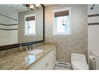 """Photo 9: 1 1624 GRANT Street in Vancouver: Grandview VE Townhouse for sale in """"GRANTS PLACE"""" (Vancouver East)  : MLS®# V1046767"""