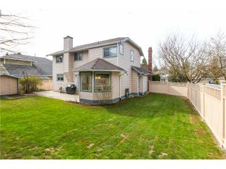 "Photo 19: 6156 PARKSIDE Court in Surrey: Panorama Ridge House for sale in ""BOUNDARY PARK"" : MLS®# F1434271"