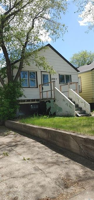 Photo 1: 2227 Coy Avenue in Saskatoon: Exhibition Residential for sale : MLS®# SK857042