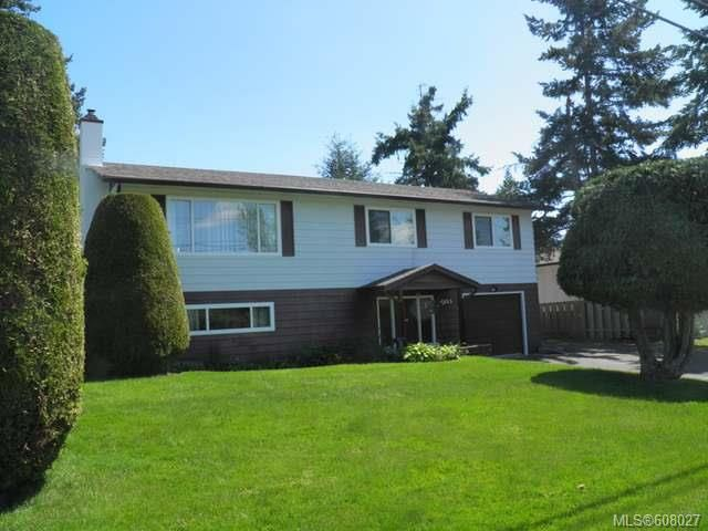 Main Photo: 1655 McLauchlin Dr in COURTENAY: CV Courtenay East House for sale (Comox Valley)  : MLS®# 608027