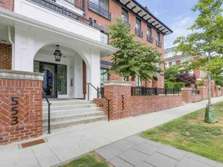 Photo 2: 103 553 FOSTER Avenue in Coquitlam: Coquitlam West Condo for sale : MLS®# R2188307
