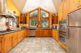 """Photo 5: 8349 NEEDLES Drive in Whistler: Alpine Meadows House for sale in """"ALPINE MEADOWS"""" : MLS®# R2328390"""