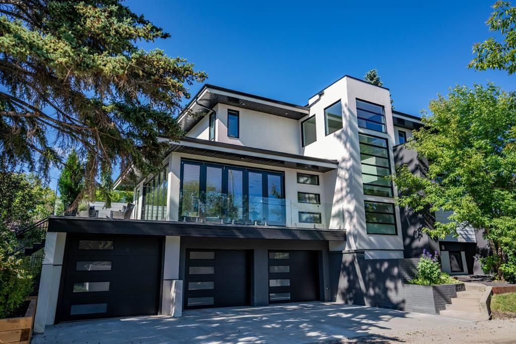 Main Photo: 3227 24A Street SW in Calgary: Richmond Detached for sale : MLS®# C4295403