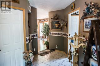Photo 2: 22109 31 Avenue in Bellevue: House for sale : MLS®# A1055143