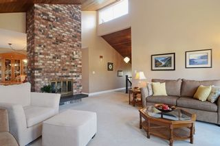 """Photo 4: 1056 LOMBARDY Drive in Port Coquitlam: Lincoln Park PQ House for sale in """"LINCOLN PARK"""" : MLS®# R2126810"""