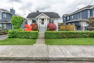 Photo 1: 7776 17TH Avenue in Burnaby: East Burnaby House for sale (Burnaby East)  : MLS®# R2267433