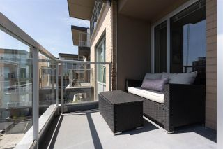 """Photo 20: PH10 1288 CHESTERFIELD Avenue in North Vancouver: Central Lonsdale Condo for sale in """"Alina"""" : MLS®# R2479203"""