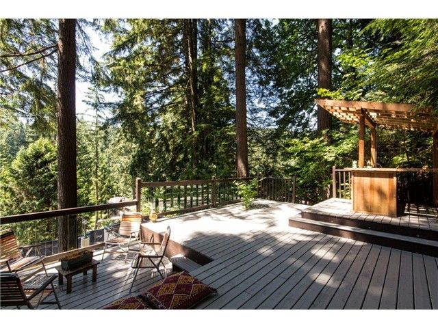 """Photo 19: Photos: 1810 RIVERSIDE Drive in North Vancouver: Seymour House for sale in """"RIVERSIDE"""" : MLS®# V1130790"""