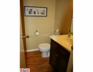 """Photo 8: 113 13880 74 Avenue in Surrey: East Newton Townhouse for sale in """"Wedgewood Estates"""" : MLS®# F1003107"""