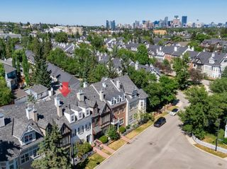 Photo 2: 52 Scarpe Drive SW in Calgary: Garrison Woods Row/Townhouse for sale : MLS®# A1128350